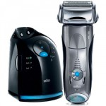 Braun Series 7 799cc-6 – Rasierer mit Reinigungsstation für Trocken- und Nassrasur für effektiv 139,95€ inkl. Versand