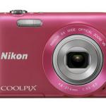 Nikon Coolpix S 3300 Kompaktkamera (in Pink) für 44€ (ggf. + 5,95€ Versand)