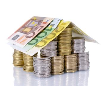 Eurohaus aus Euro-Scheine
