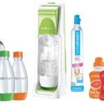 SodaStream Trinkwassersprudler Cool inklusive 4 PET-Flaschen, 1 x Zylinder und Soda-Sirup für 42,00€ inkl. Versand